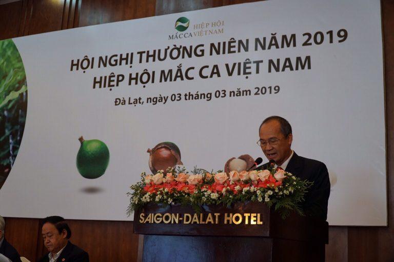 Ông Dương Công Minh – Chủ tịch Hiệp hội Mắc ca Việt Nam phát biểu khai mạc Hội nghị