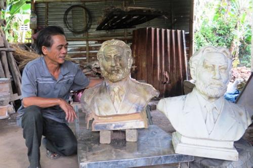 Sản phẩm tượng đồng danh nhân được chế tác tại Phước kiều của nghệ nhân Dương Ngọc Tiển