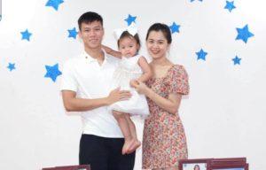 Gia đình nhỏ hạnh phúc của Quế Ngọc Hải, Thùy Phương và bé Sunny (Facebook nhân vật)